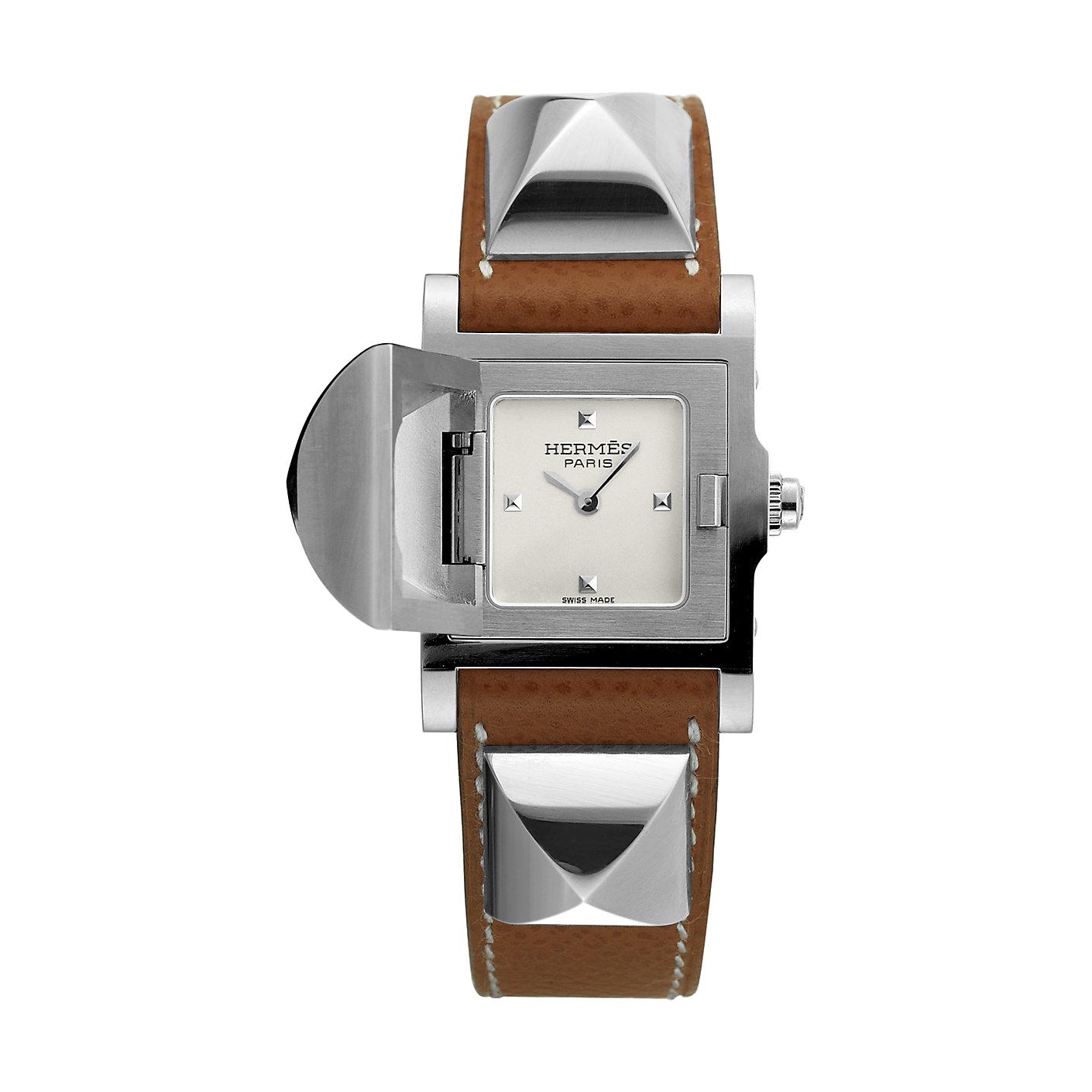 Hermès-medor-23-x-23mm-Hall-of-Time-028321WW00